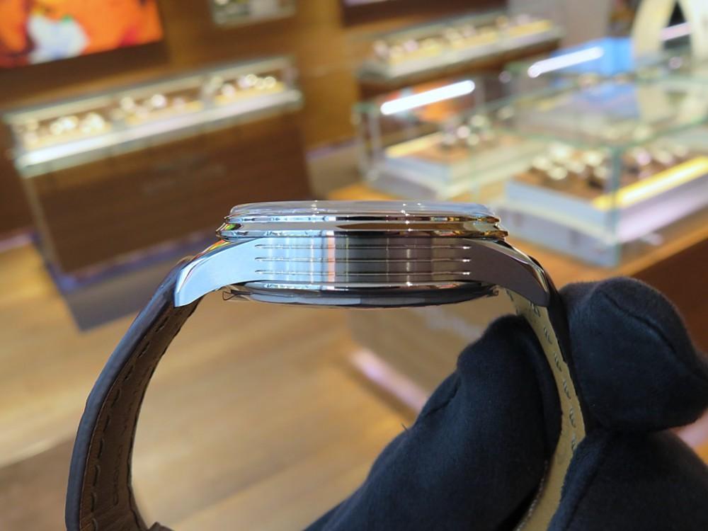 スタッフSのこの冬オススメの時計は、ブルーダイヤルのプレミエ クロノグラフ 42-プレミエ
