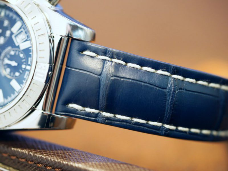 クロノマット JSPはクロコレザーでエレガントにも使えるオシャレ時計!-クロノマット