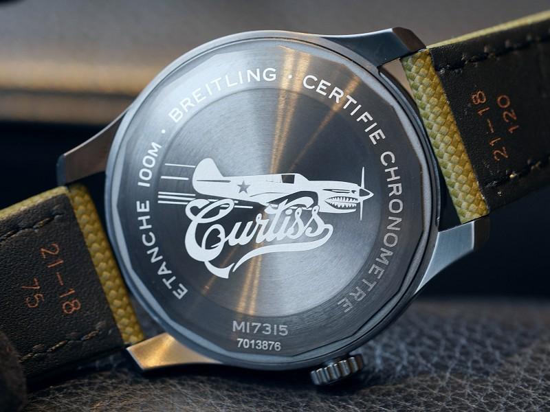 ブティック限定販売のブラックとカーキのカラーリングがカッコいい2019年新作のパイロットウォッチ!-NAVITIMER