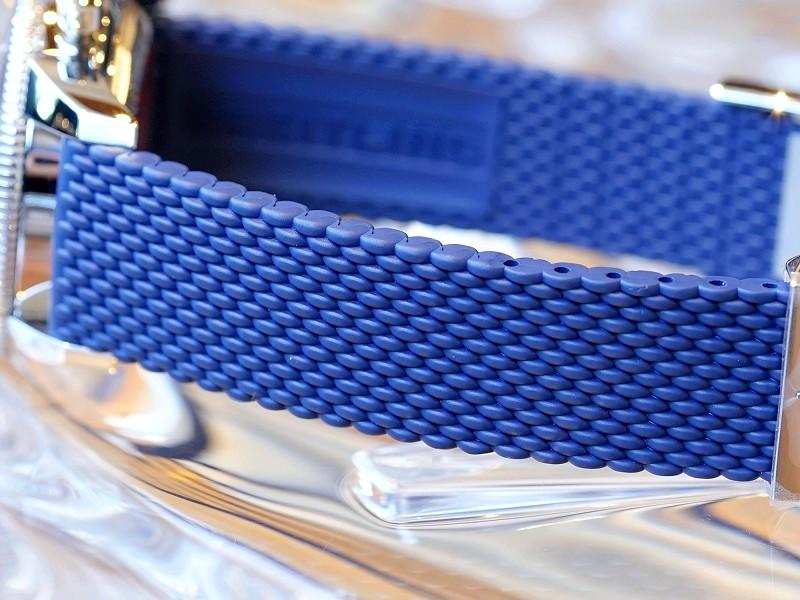 鮮やかなブルーがオシャレで魅力的なクラシカルダイバーズクロノ!スーパーオーシャン ヘリテージ-スーパーオーシャン