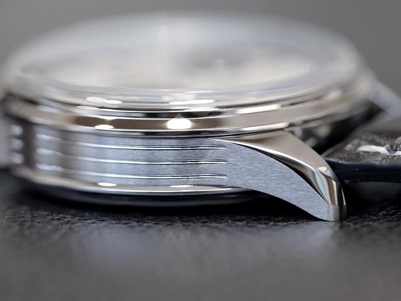 増税前のスタッフ一押し時計!本格クロノグラフ搭載のクラシカルなエレガントウォッチ!プレミエ-PREMIER