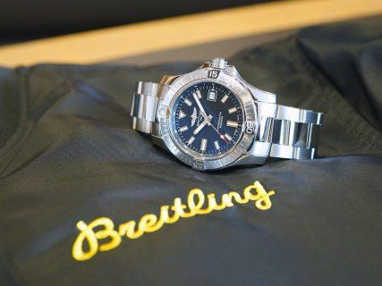 コスパの高い機械式時計であるシンプルデザインのアベンジャー!