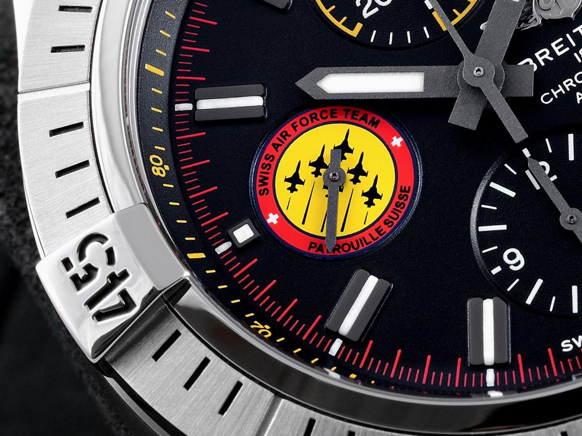 パトルイユ スイス 55周年記念モデル「アベンジャー クロノグラフ 45 スイスエアフォースチーム リミテッド エディション」再入荷。-AVENGER