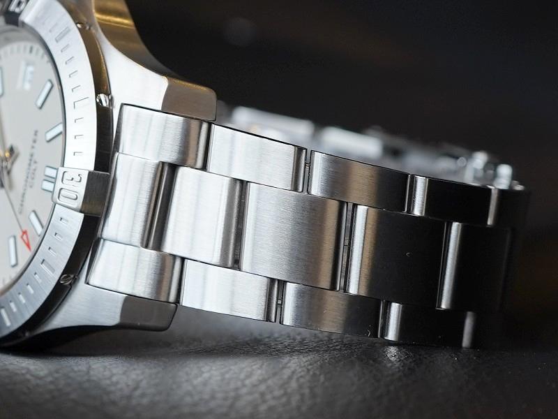 生産終了となったコスパ最強のエントリーモデル!「コルト オートマチック 41」-CHRONOMAT その他