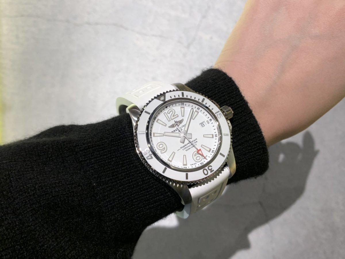 【日本限定】雪のように美しいフルホワイトのスーパーオーシャン 42!-SUPEROCEAN