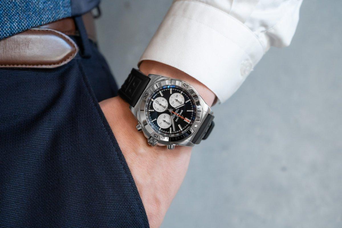 時計のベルトを変えて気分を変えてみませんか?クロノマットを使って各種ご紹介!-クロノマット ナビタイマー アベンジャー スーパーオーシャン スーパーオーシャン ヘリテージ アビエイター 8 プレミエ プロフェッショナル お知らせ